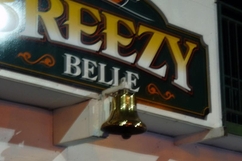p1170598-breezy-belle-sign_lr