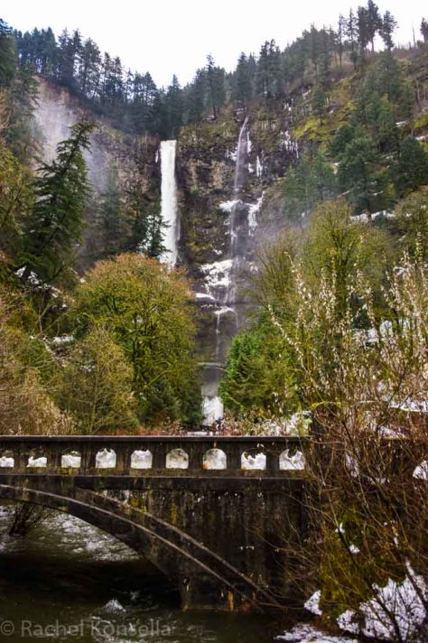 or-multnomahfalls-2016-12-20-85