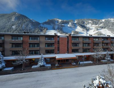https://www.aspensquarehotel.com/