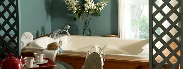 Gorgeous and Romantic Suite Rental with Whirlpool Tub near Tomah, Wisconsin2